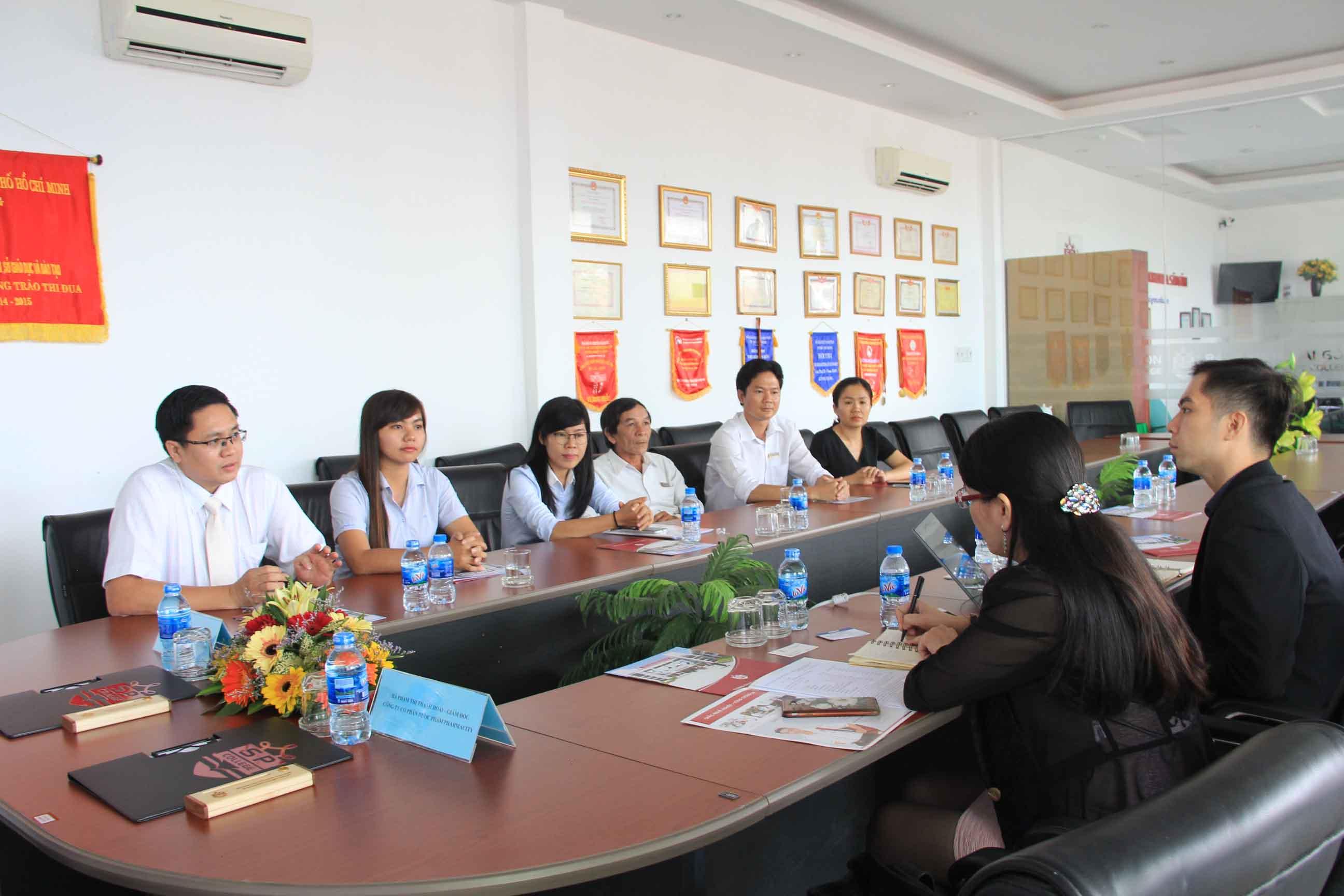 lễ ký hợp tác đào tạo trung cấp dược với công ty pharmacity