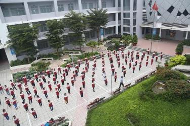 giờ học thể dục tại trường