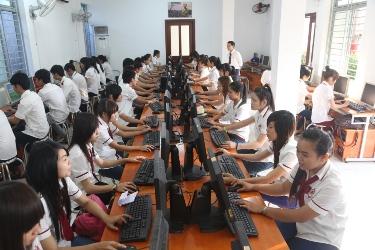 Phòng thực hành trung cấp kế toán tại trường SPC