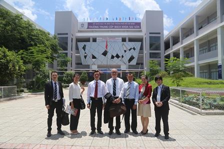 Đoàn đại biểu của Học viện IPC (New Zealand), Đại học IPU(Nhật Bản) và tập đoàn giáo dục Soshi đến thăm và làm việc tại Trường TC bách Khoa Sài Gòn