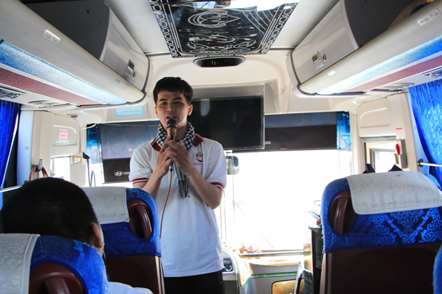 sinh viên ngành hướng dẫn du lịch
