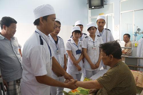 tuyển sinh điều dưỡng liên thông