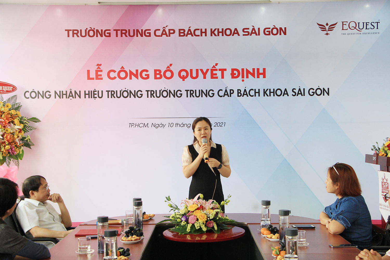 cô Vũ Thị Ngọc Hà